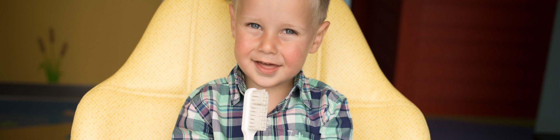 Child's first dental visit in Hudson, WI